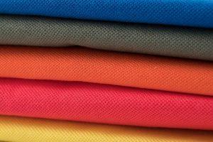 Lacoste maakt ook andere kleding naast poloshirts